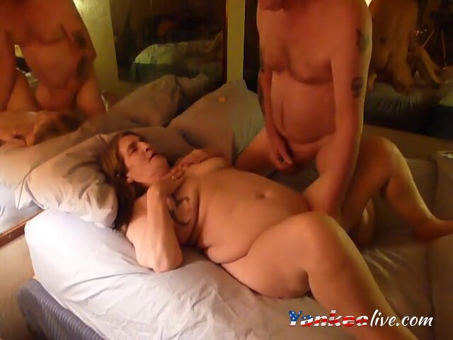 i get a kiss and ate and fucked 2